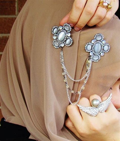 aksesoris jilbab pesta dan pengantin terbaru
