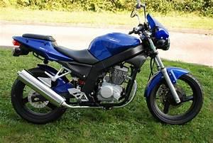 125 Daelim Roadwin : daelim roadwin 125 carbu motos v hicules saint s bastien sur loire 44230 annonce gratuite ~ Gottalentnigeria.com Avis de Voitures