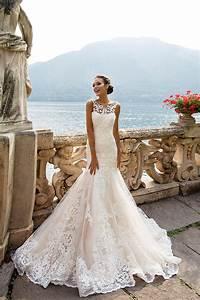 Robe de mariage original pas cher for Robe de mariée créateur pas cher