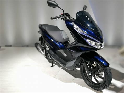 Honda Pcx Electric & Hybrid Scooter Launch In 2018
