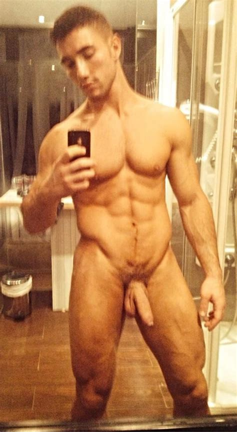 Ripped Nude Hunk With Hot Uncut Cock - Gay Cam Chatters