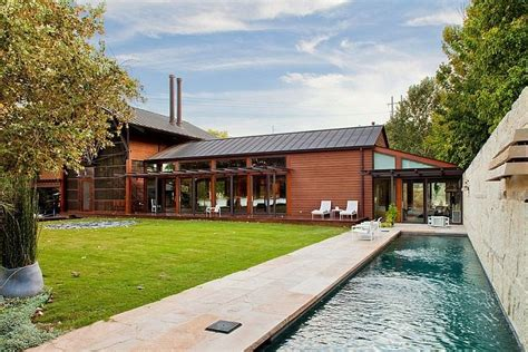 Lake Home Modern Elegance by Modern Lakefront Residence In Charms With