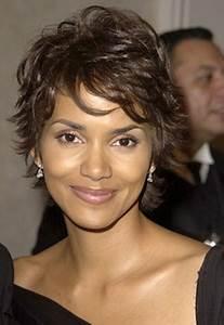 Coupes Cheveux Courts Femme : coupe courte cheveux boucles ~ Melissatoandfro.com Idées de Décoration