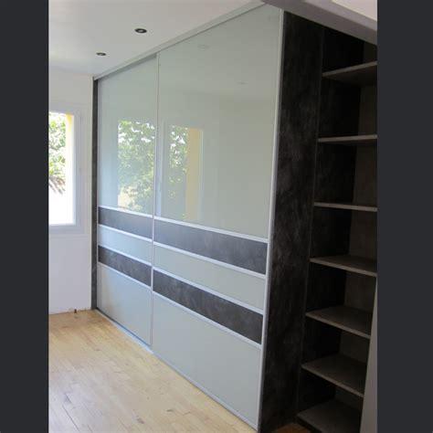 chambre design gris placard coulissant sur mesure à nantes 44 rangeocean
