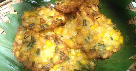 Uleg kasar jagung sisir dan bisa juga diproses dengan 5 buah jagung manis disisir. Resep Bakwan jagung manis tanpa telur oleh Cicik Ary - Cookpad