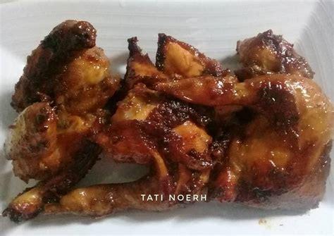 Cara membuat ayam bacem bakar: Resep Ayam Goreng bumbu bacem oleh Tati Noerh - Cookpad