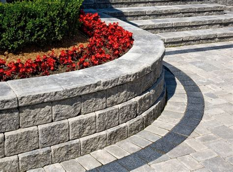 Pisa Retaining Wall by Pisa 174 Planters With Brussels Block 174 And Series 3000