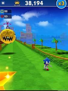 Classic Sonic Et Green Hill Dboulent Dans Sonic Dash