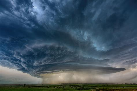 supercell thunderstorm montana oc  earthporn