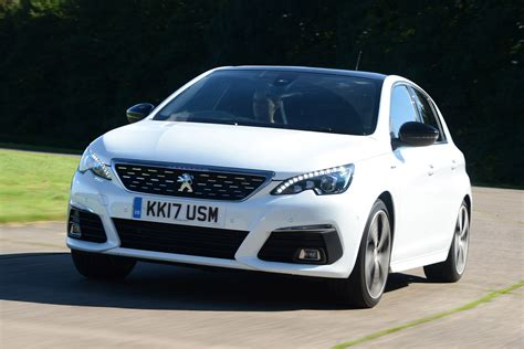 New Peugeot 308 by New Peugeot 308 2017 Facelift Review Auto Express