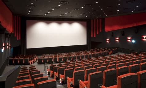 Proposed SCREENING ROOM Streaming Technology Divides ...