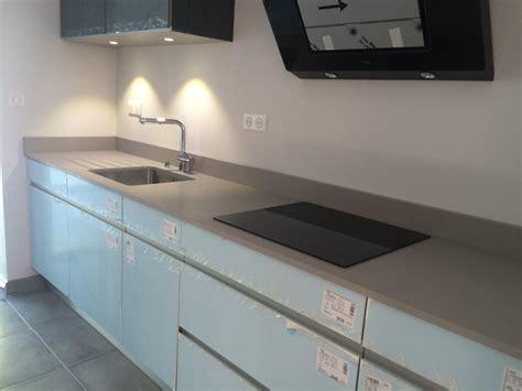 plan de travail cuisine quartz ou granit plan de travail cuisine composite plan de travail en