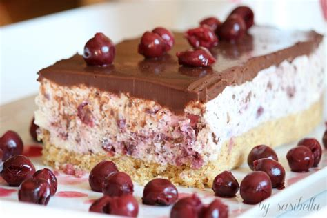 Kuchen Mit Kastenform Und Kirschen Kirsch Stracciatella Kuchen Sasibella