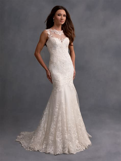 Alfred Angelo Wedding Gowns Review, Offers Brides An Array Of Choices