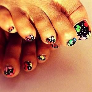 Dark skin toes nail polish nailart designs