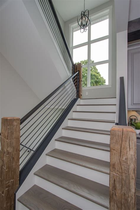 Steel Banister by Best 25 Metal Balusters Ideas On Metal Stair