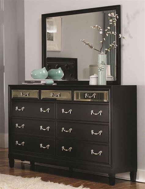 black bedroom dressers impressive  images  black