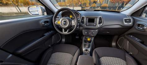 jeep compass 2017 interior jeep compass sport 2017 fotos da versão de r 99 990