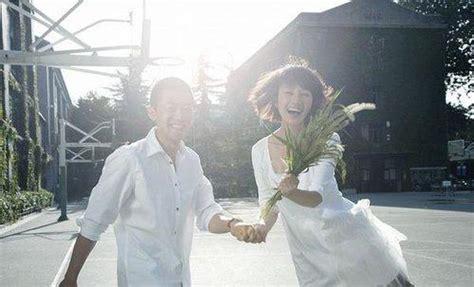 袁泉夏雨校园婚纱照_罗马风情27度婚纱摄影
