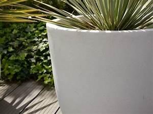 Blumenkübel Fiberglas Aussen : blumenk bel pure aus fiberglas in perlwei bei east west ~ Sanjose-hotels-ca.com Haus und Dekorationen
