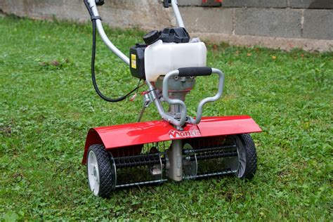 Rasenpflege Im Herbst Vertikutieren by Rasenpflege Im Herbst Tipps F 252 R Einen Rasen Fit F 252 R Den