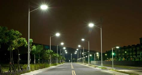 Solar Street Lights india witnesses world s largest street light replacement