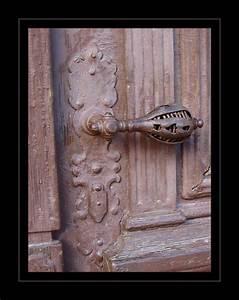 Pin, On, Doors