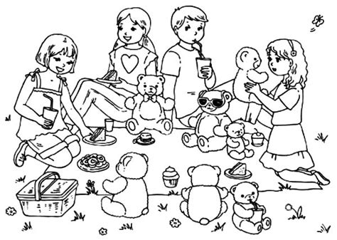 Teddy Bear Bring Present Birthday Coloring Pages