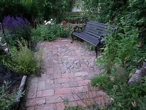 Alte Ziegelsteine Im Garten : natursteine beleben den garten ~ A.2002-acura-tl-radio.info Haus und Dekorationen