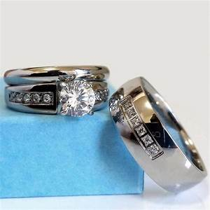 Wedding ring set his and hers match bands mens womens for Wedding rings his and hers sets
