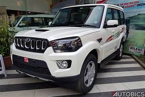 Mahindra Scorpio 2017 facelift front three quarters ...