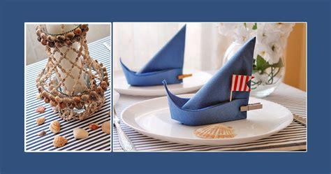 Tischdeko Servietten Falten by Maritime Deko Schiff Dekorieren Kommunion Tischdeko