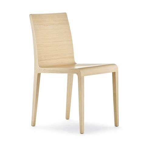 chaise en chene 420 chaise design pedrali en chêne massif