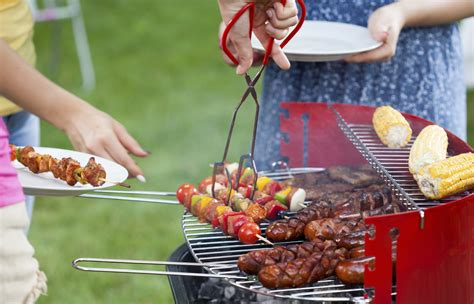 cuisine barbecue food safety tips for barbecue season cbs