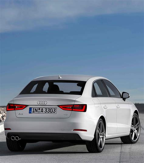 Photo  Audi A3 Berline  Les Traits D'une Sportive Sur