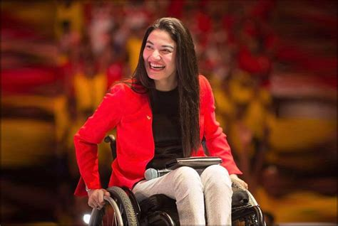 "Muniba Mazari: The Inspiring ""Iron Lady of Pakistan ..."
