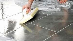 Faire Des Joints De Carrelage : refaire les joints de carrelage bricolage facile ~ Dailycaller-alerts.com Idées de Décoration