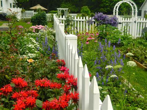 Pam's English Cottage Garden English Cottage Garden Style