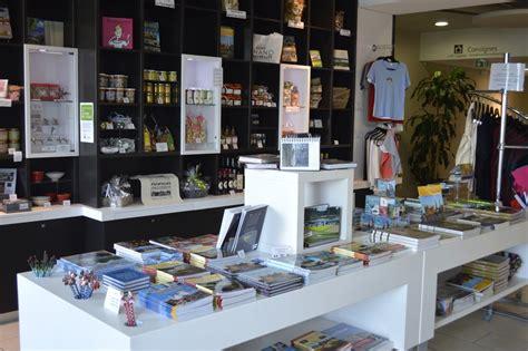 librairie cuisine idées cadeaux la boutique de l 39 office de tourisme