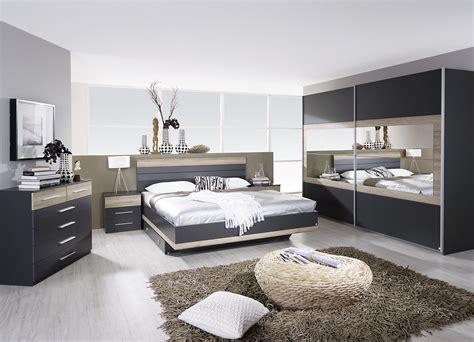 deco chambre adulte contemporaine chambre adulte complète contemporaine grise chêne clair
