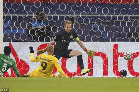 Ferencvaros 0-3 Barcelona: Barca cruise to Champions ...
