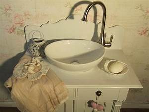 Badmöbel Vintage Style : romantische badm bel im landhausstil wasserheimat ~ Michelbontemps.com Haus und Dekorationen