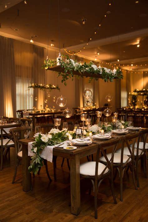 romantic downtown chicago wedding   restaurant