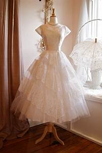Vintage wedding dress bridal gown inspiration from etsy for Wedding dress etsy