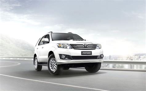 Toyota Fortuner Backgrounds by Fortuner Wallpapers Wallpaper Cave