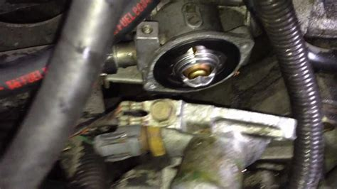 Replacing Thermostat Acura Integra Youtube