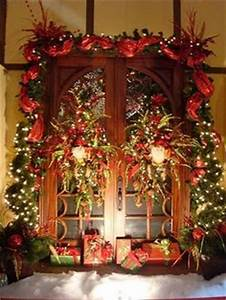 1000 images about Front Porch Christmas Decor on