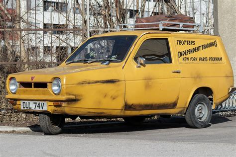 Del Boy's Motors Now Worth Thousands As Classic Car Values