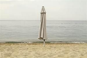 Sonnenschirm Von Oben : der sonnenschirm mit schutzh lle sicher durch den winter gartenmoebel de ~ Orissabook.com Haus und Dekorationen