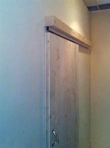 Schiebetür vor der Wand F RK Gipsformteile Gipsriegel